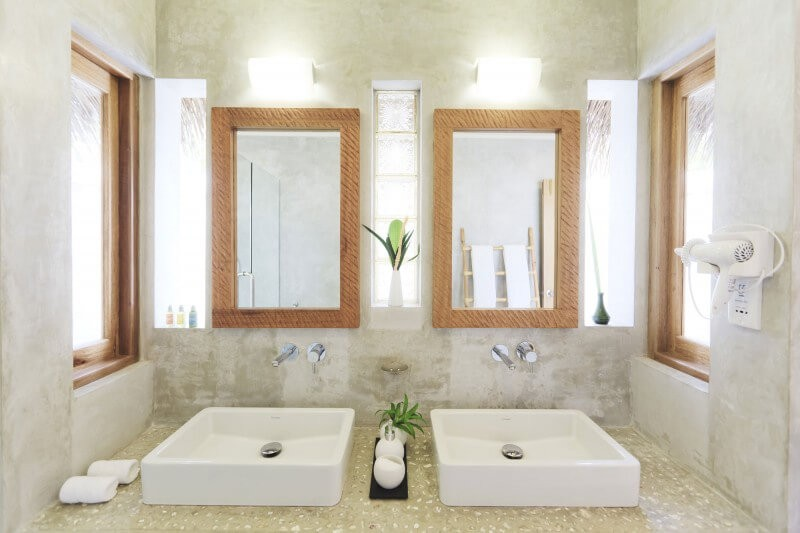 bathroom_mirror_ideas_for_double_sinks