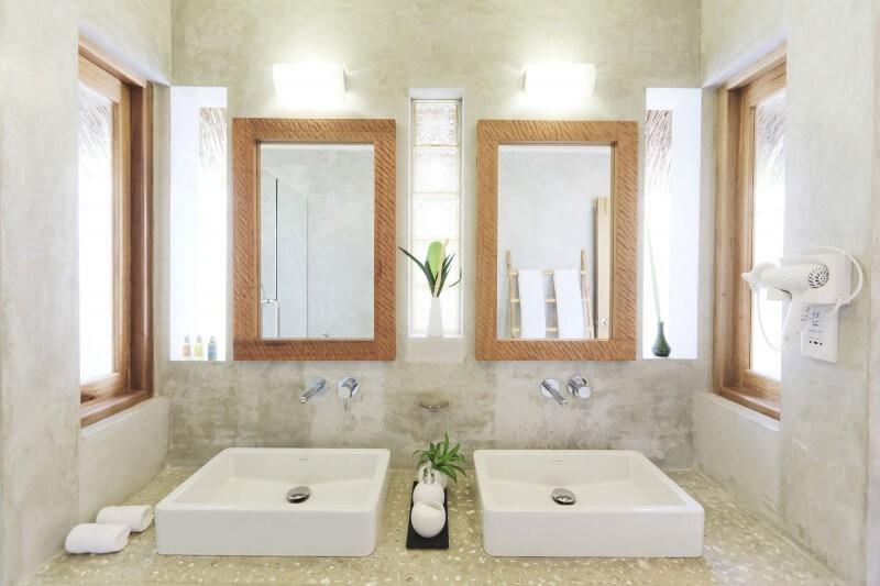 bathroom_mirror_ideas_for_double_sinks