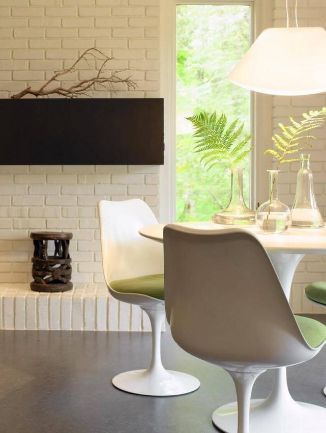 white_brick_wall_in_kitchen