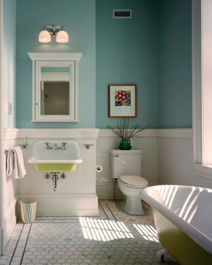 Classic_Half_Bathroom_Ideas