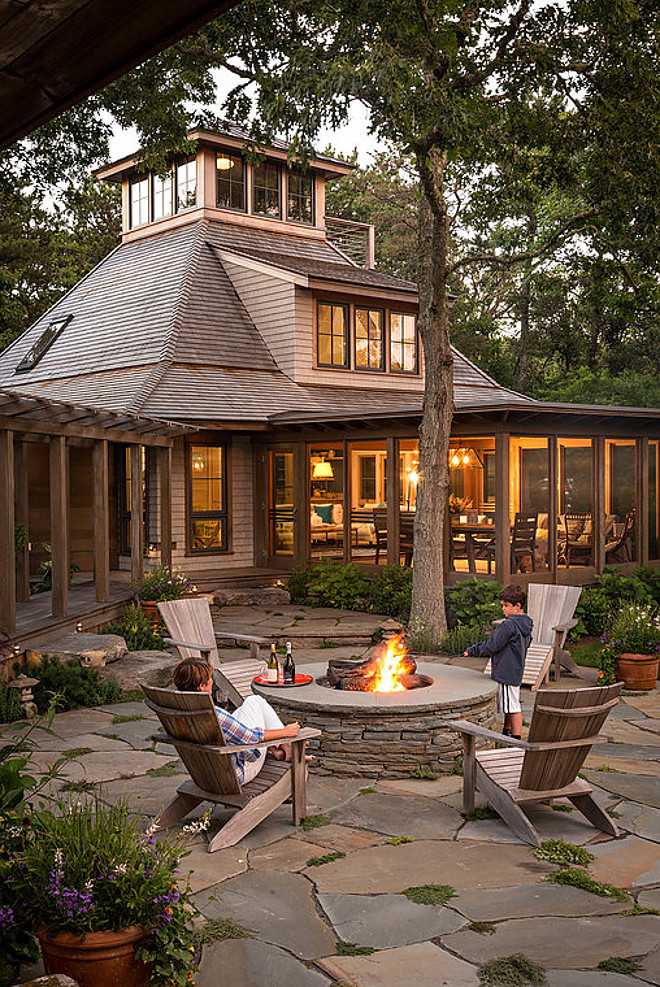 stone_patio_ideas_with_fire_pit
