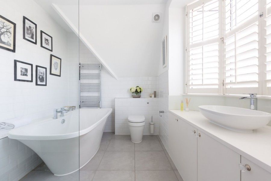 tiny_half_bathroom_ideas
