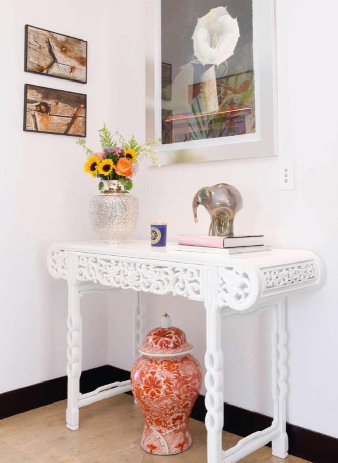 entryway_console_table_decor_ideas