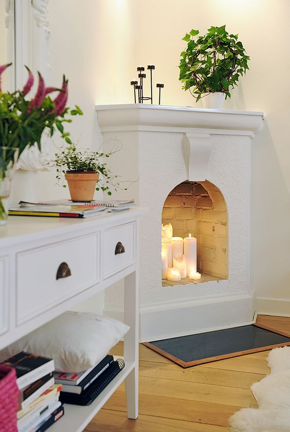 small_corner_fireplace_ideas