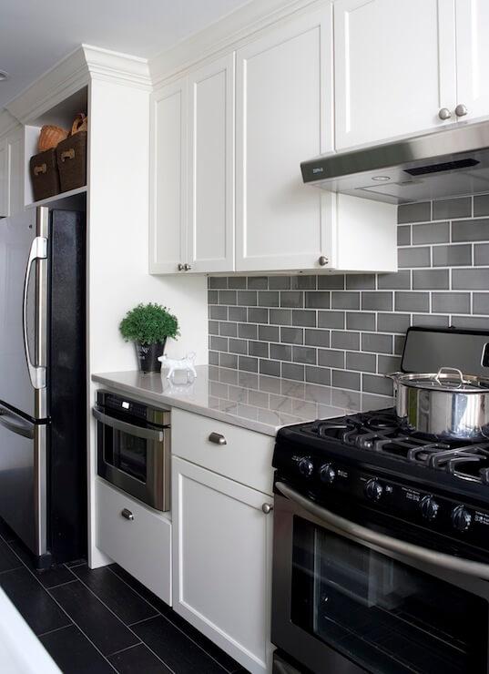 kitchen_backsplash_ideas_white_cabinets