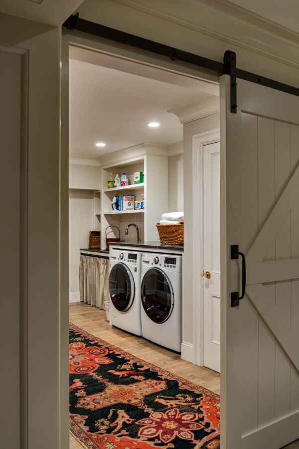 Pros and Cons of Basement Laundry Room