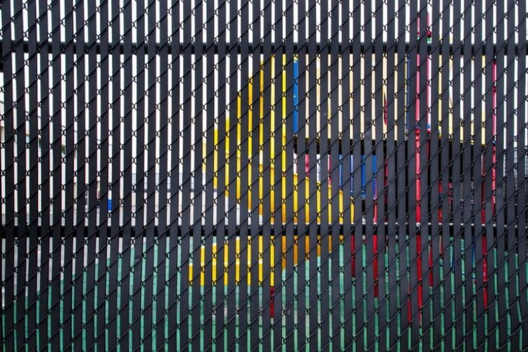 Black_Chain_Link_Fence
