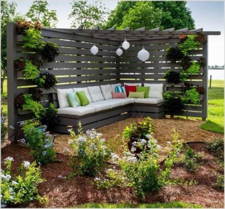 Corner_Fence_Landscaping