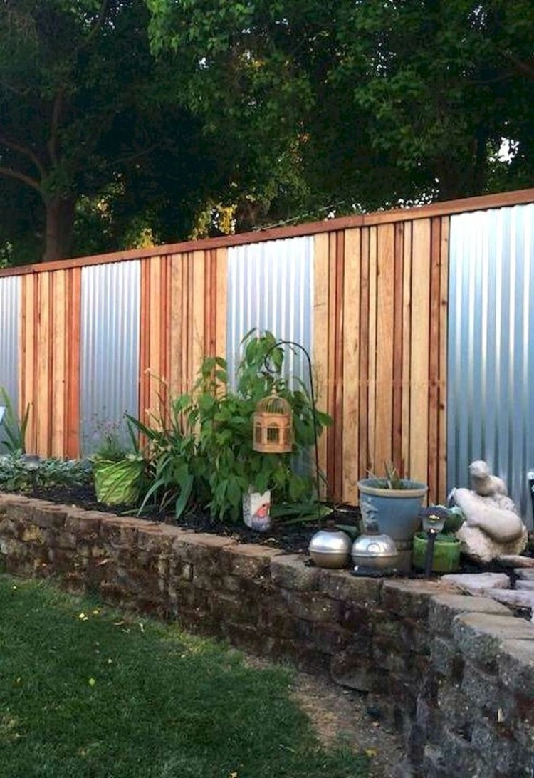 Corrugated_Metal_Fence_Ideas