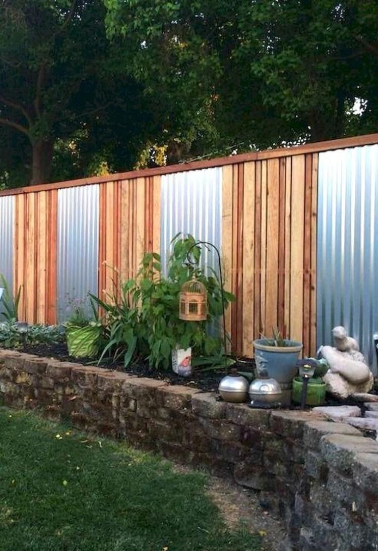 Corrugated_Metal_Fence_Ideas