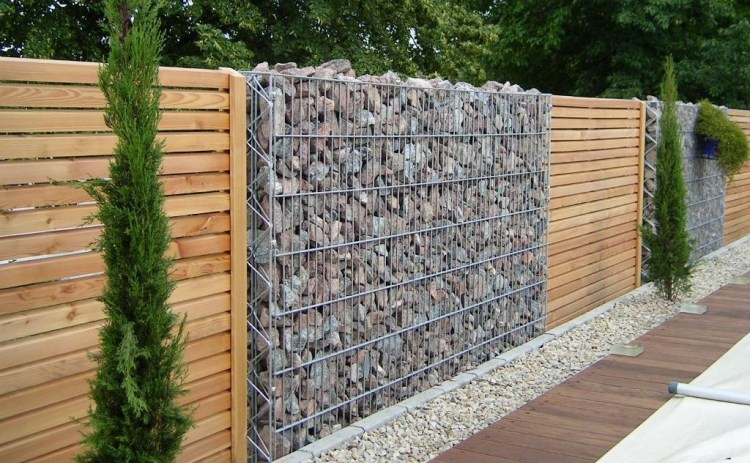 Creative_Privacy_Fence_Ideas