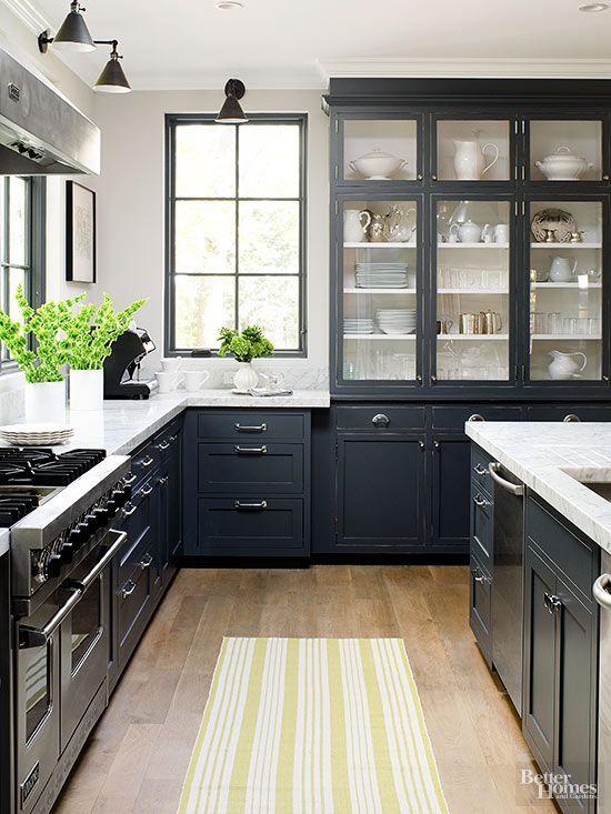 Antique_white_kitchen_cabinets_with_dark_wood