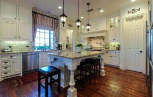 antique_white_kitchen_cabinets_paint_color