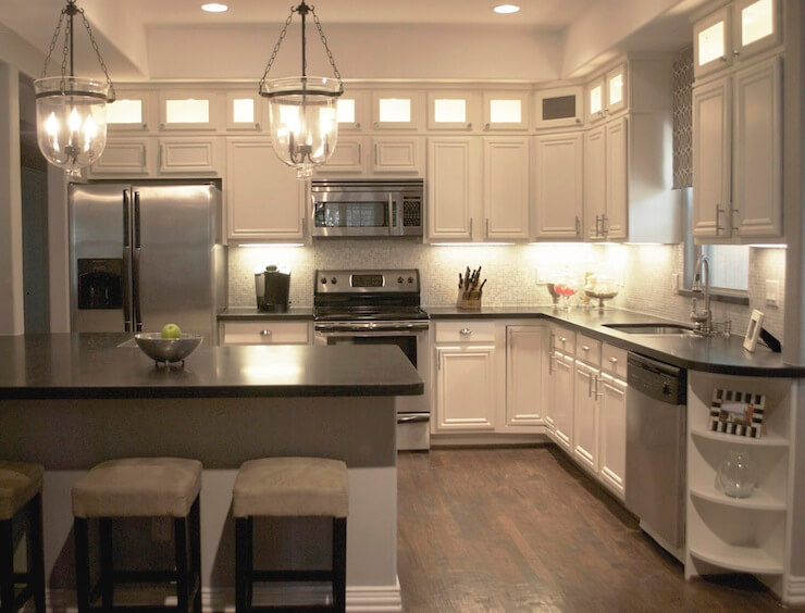 antique_white_kitchen_cabinets_pictures