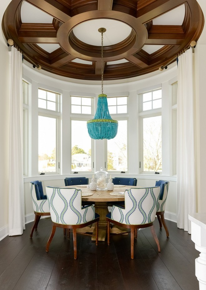 coffered_ceiling_in_dining_room