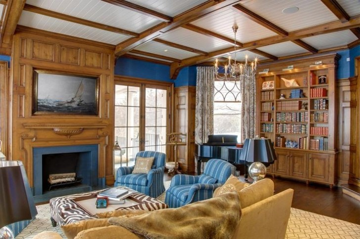 coffered_ceiling_in_living_room