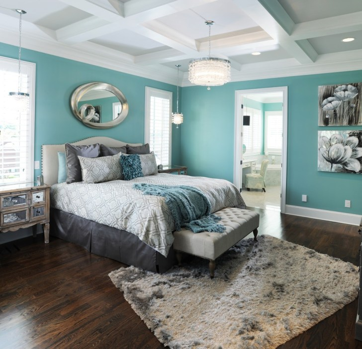 coffered_ceiling_in_master_bedroom