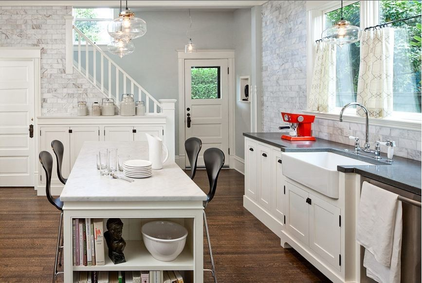 houzz_antique_white_kitchen_cabinets