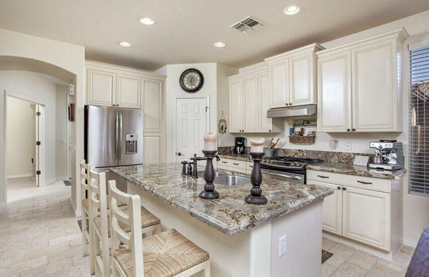 kitchen_remodel_antique_white_cabinets