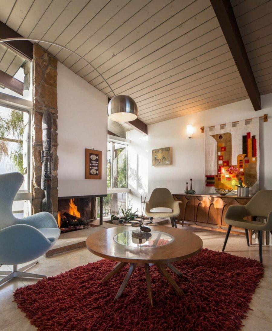 mid_century_modern_bohemian_living_room