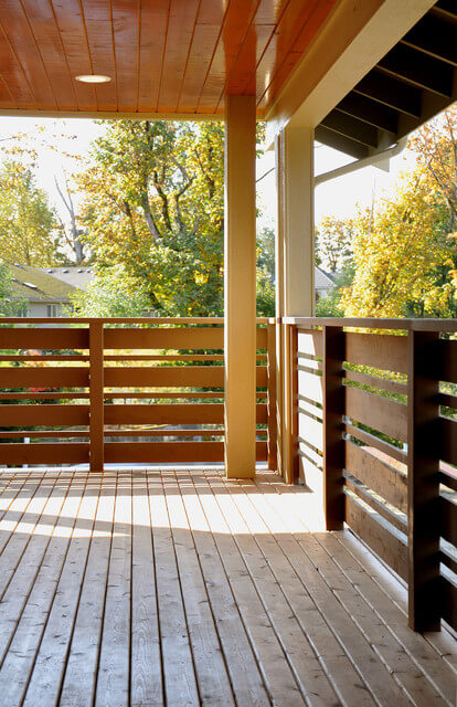 front_porch_wood_railing_ideas