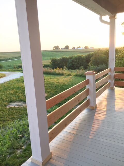 horizontal_porch_railing_ideas