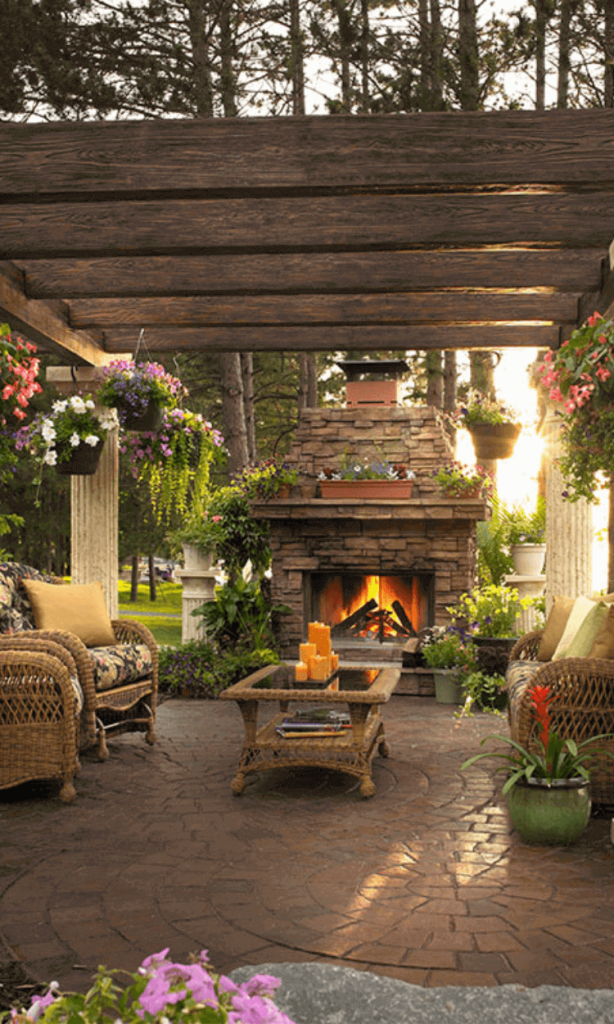 Best_Outdoor_Fireplace_Ideas