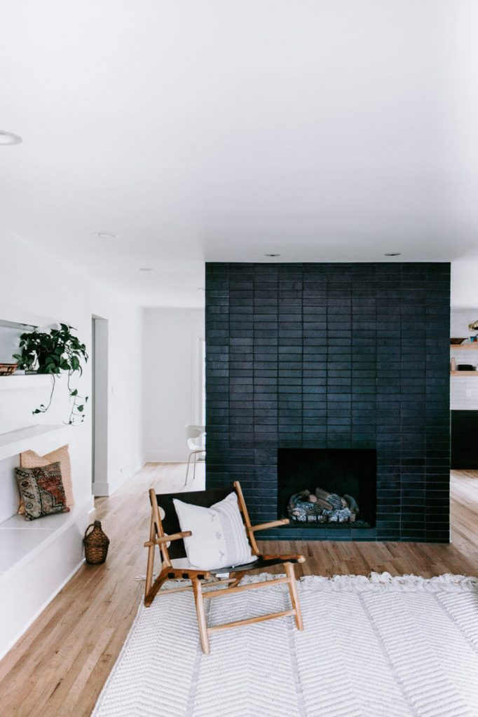 Black_Brick_Fireplace_Surround