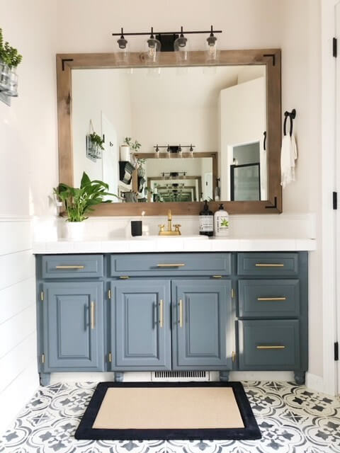 bathroom_cabinet_color_ideas