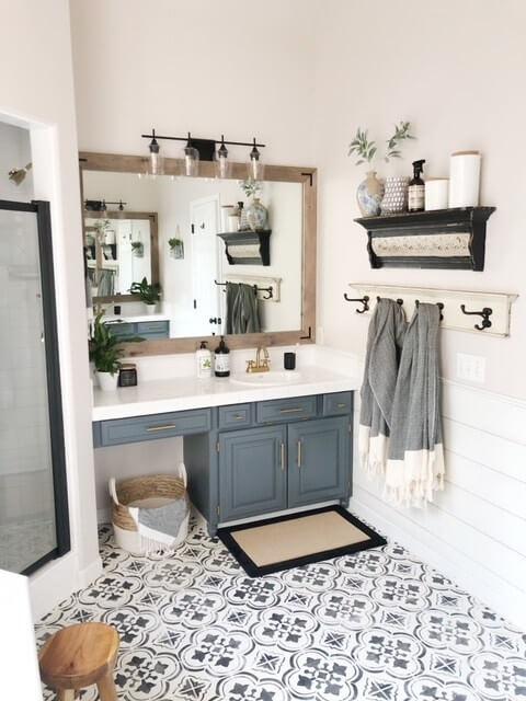 bathroom_cabinet_paint_ideas