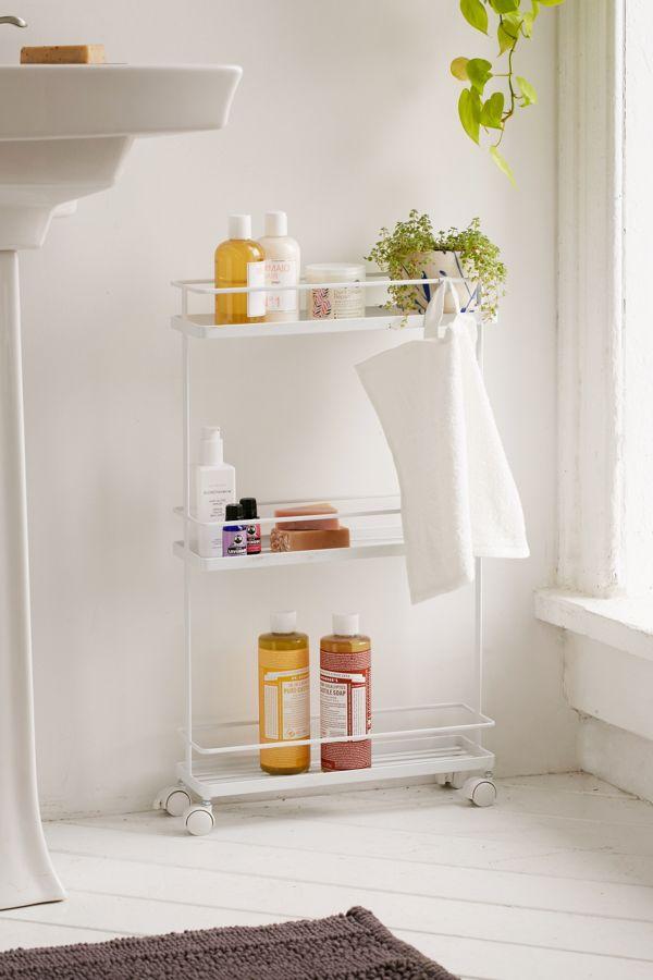 bathroom_towel_storage_over_toilet