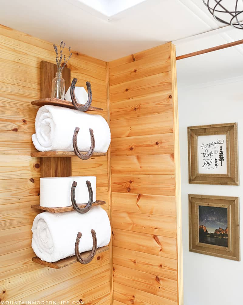 bathroom_towel_storage_shelf