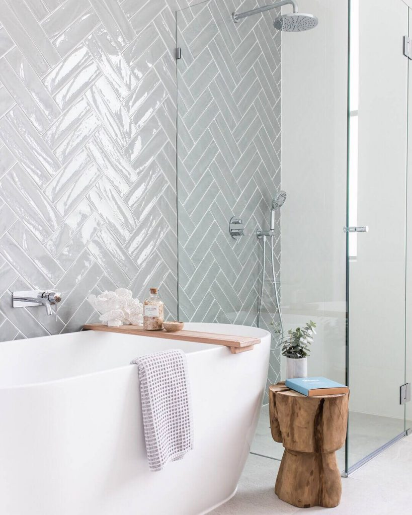 bathroom_tub_shower_tile_ideas