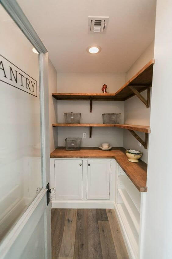 corner_pantry_shelving_ideas