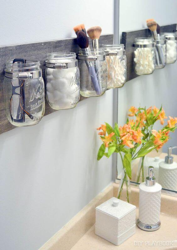 creative_small_bathroom_storage_ideas