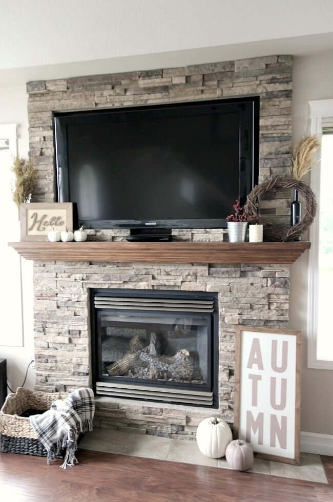 fireplace_mantel_decor_with_tv
