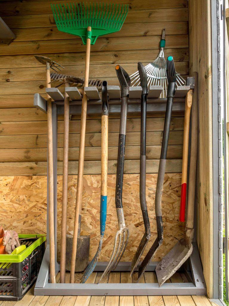 garden_hand_tools_storage