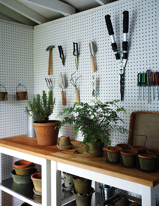 garden_tools_storage_shed