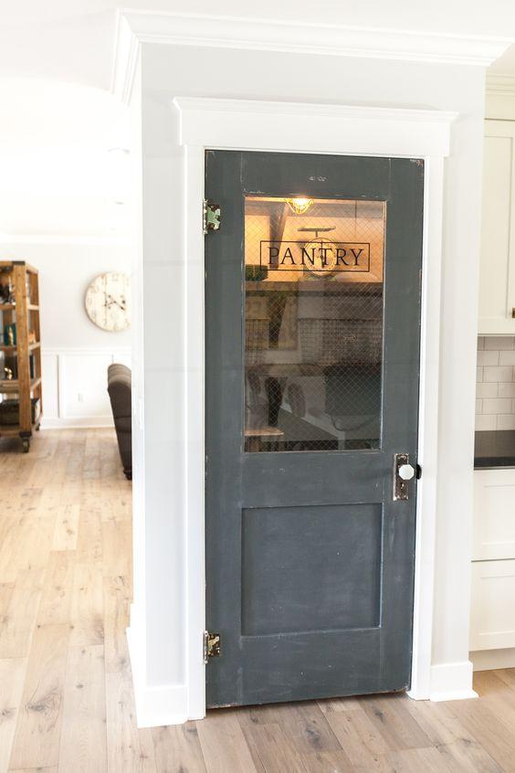 pantry_closet_door_ideas