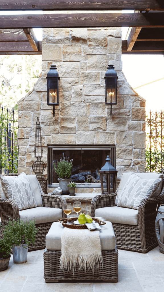 simple_outdoor_fireplace_ideas