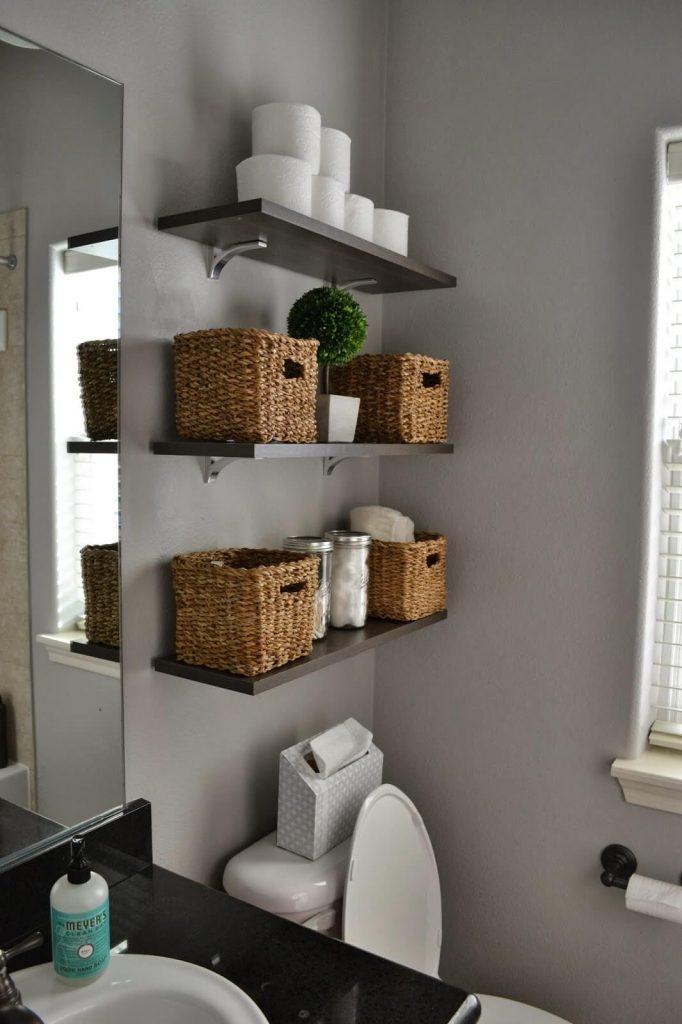 small_bathroom_wall_storage_ideas