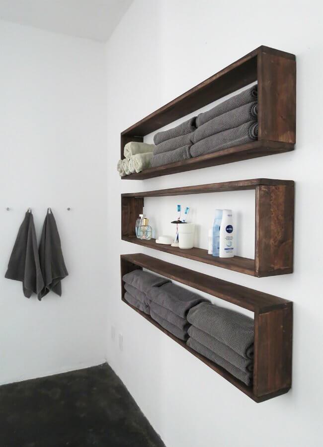 storage_ideas_in_small_bathroom