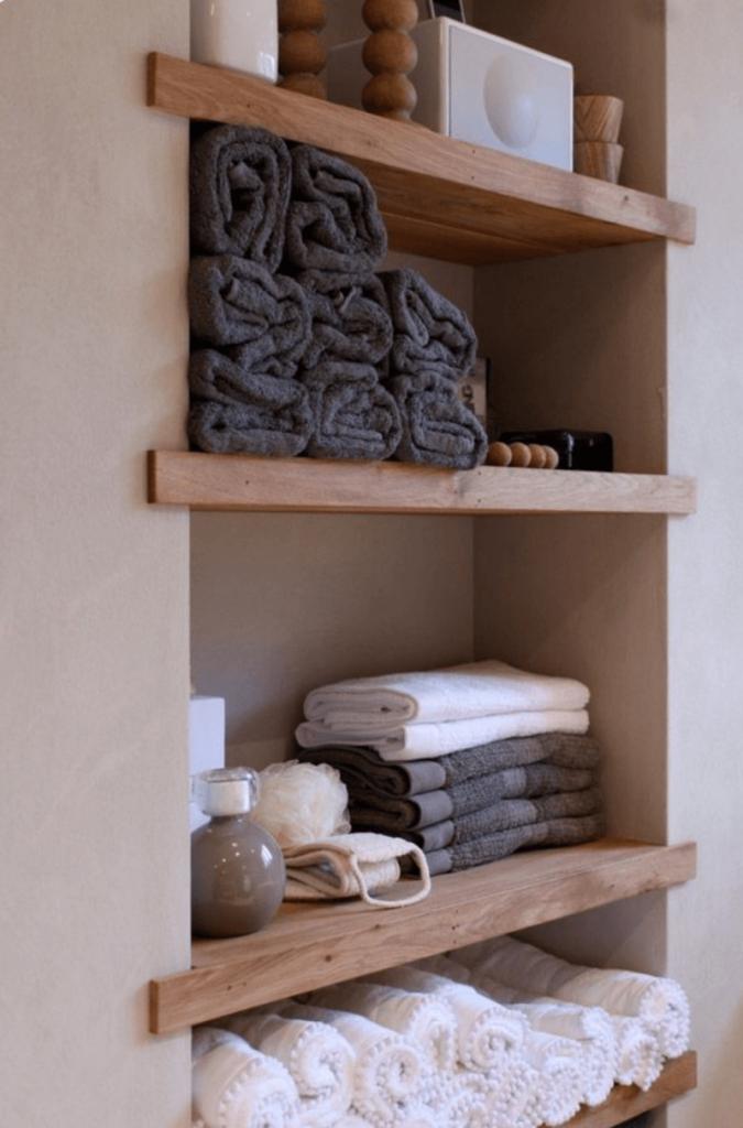 towel_shelves_for_bathroom