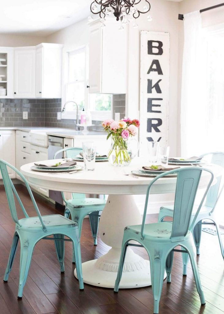 breakfast nook ideas for small space
