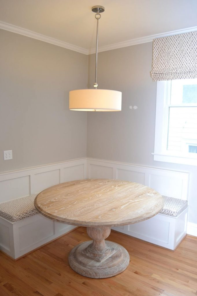 breakfast nook ideas with round table
