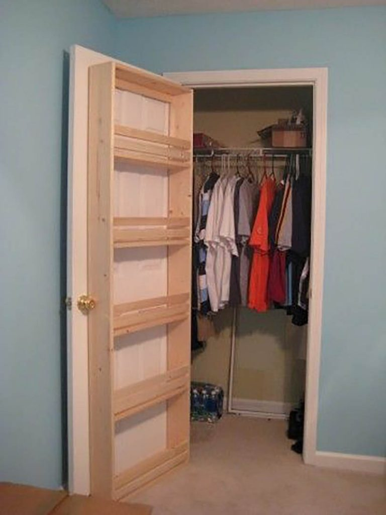 closet door ideas small space