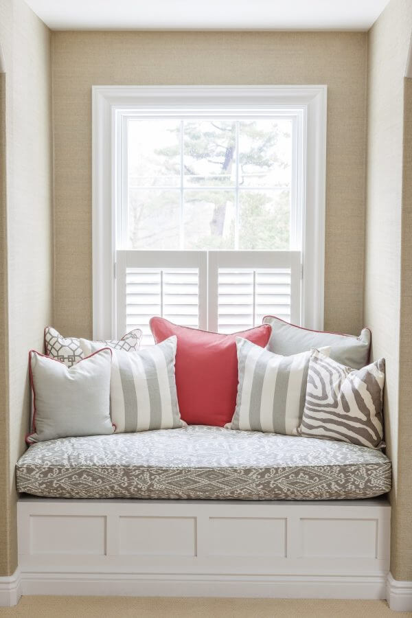 small window seat ideas