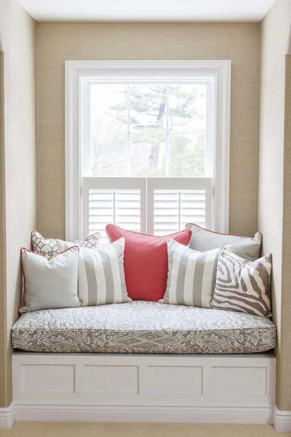 small window seat ideas