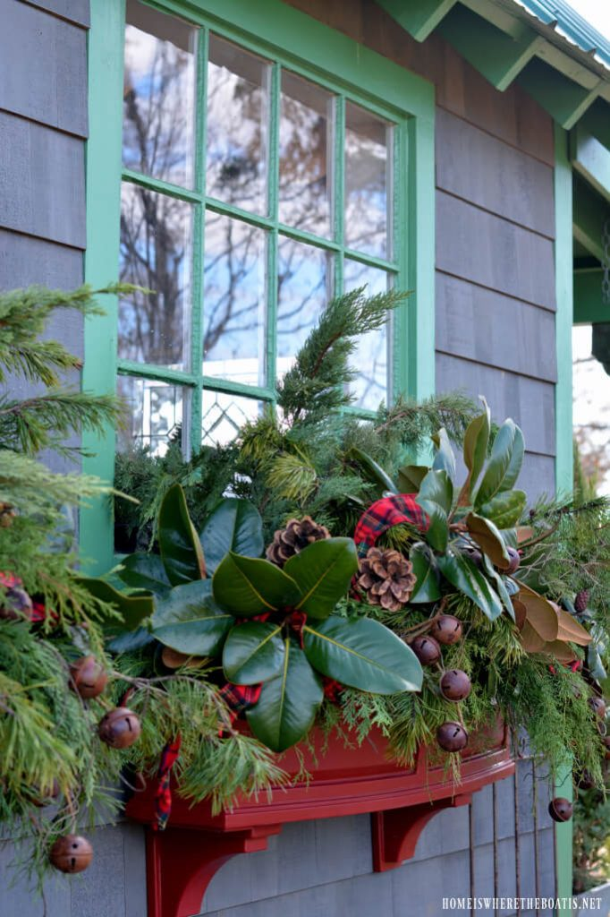 window box ideas for christmas