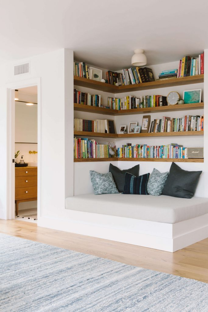 corner reading nook ideas